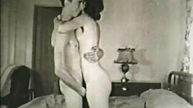 Hot porno keine Registrierung  Avi Love & Naomi Swann-Erschüttert Und ältere sexy damen Gerührt