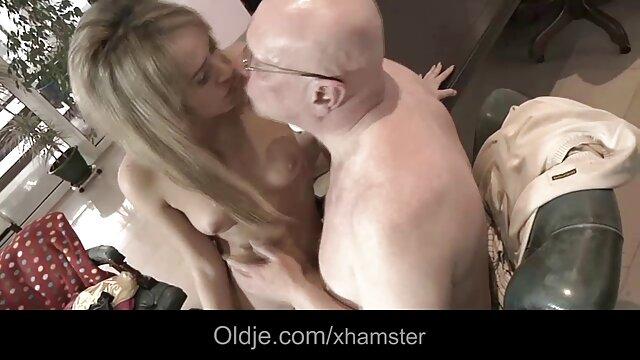 Hot porno keine Registrierung  Valentina Nappi ' s Stocking Tease pornobilder reife