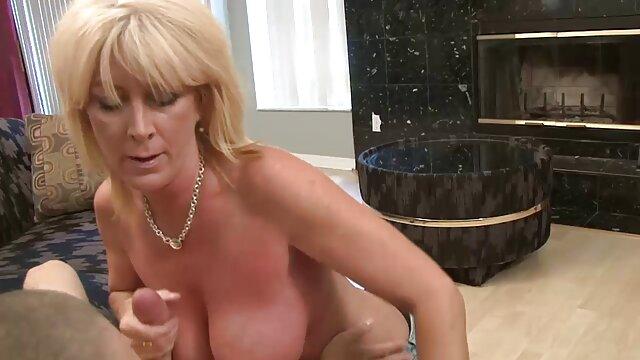 Hot porno keine Registrierung  So Eine Junge reife lesbenporno Schlampe Kann Es So Schwer Nehmen