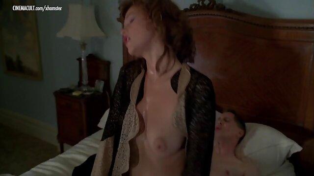 Hot porno keine Registrierung  Brown reife frau will sex Bunnies Vol. 34