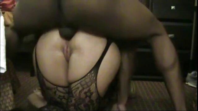 Hot porno keine Registrierung  brett nackte reife frauen am strand lucci und autumn payton