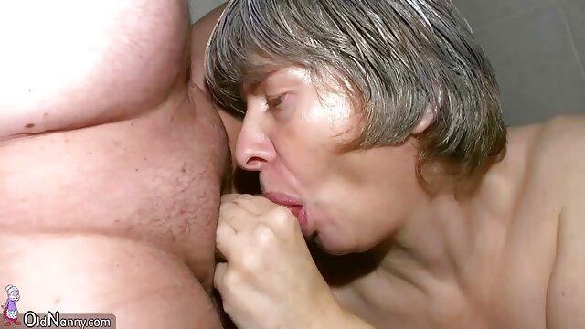 Hot porno keine Registrierung  Amara Fäuste Öffnen Ihre Enge Blume reife frauen sex