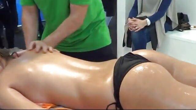 Hot porno keine Registrierung  Ebenholz Sklave reife sexy hausfrauen Noemie Bilas Hart Bestraft