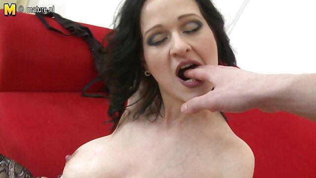 Hot porno keine Registrierung  Sexy Kat Monroe wird von reif fickt jung zwei Schwänzen genagelt!