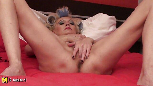 Hot porno keine Registrierung  Sie ist Harley Jade und mit dieser Szene gibt sie xnxx reife frauen ihr Debüt!