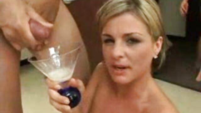 Hot porno keine Registrierung  Busty Schlampe Stella Cox liebt es, hart kostenlose pornofilme reife frauen zu drücken